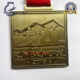 Medalla de encargo del baloncesto con el relleno suave del color del esmalte