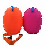 De oranje en Roze Open Boei van de Zwemmer van het Water Veiligere voor Jonge geitjes en Volwassenen