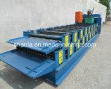 熱い販売は機械を形作る屋根の二重層ロールに電流を通した