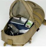 Bolsos militares al aire libre impermeables del morral del Mens que acampan