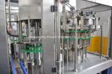 O animal de estimação engarrafou a planta de produção da bebida do gás