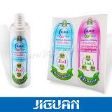 Farbenreiches Drucken-kundenspezifischer wasserdichter anhaftender Aufkleber auf Flasche