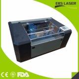 Gravação a laser de madeira de alta precisão cortando Máquinas para fabricação de roupas