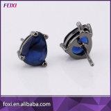Foxiの女性のための卸し売り立方ジルコニアのアクセサリーのイヤリング