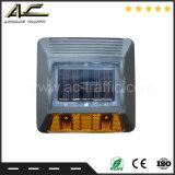 De weerspiegelende het Gieten van Parel Vier LEDs Nagel van de Weg van het Aluminium van de Bestrating Zonne
