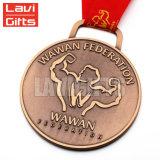Medaglia di oro in lega di zinco di falsificazione di sport del premio del ricordo del doppio della novità dello smalto metallo molle laterale lucido su ordinazione poco costoso cinese di marchio 3D
