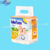 Preço baixo Ultrafino respirável Fraldas para bebés descartáveis coloridos