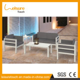 Tableau et présidence modernes réglés de sofa de rotin de maison de loisirs de jardin avec les meubles extérieurs en osier d'hôtel de salon de patio de jeu de selles de pied