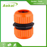 Montaggi di tubo flessibile dell'acqua del giardino e montaggi di plastica del tubo flessibile degli adattatori