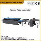 Máquina manual resistente do laminador da flauta do cartão