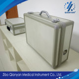 Sistema de generador médico del ozono para la administración del ozono en el tratamiento del disco lumbar y cervical herniado