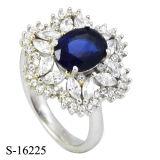 파란 사파이어 둥근 다이아몬드 반지 형식 꽃은 CZ 반지를 디자인한다