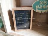 Легкое изменение рекламируя малую деревянную рамку