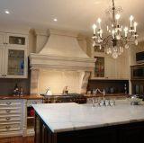 Популярный белый искусственний Countertop камня кварца для кухни