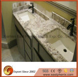 自然な磨かれた石造りの浴室またはホテルの流し