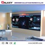 Pantalla video fija de interior de la pequeña echada P1.5625/P1.667/P1.923 LED del pixel para la etapa de la TV, vigilando el centro