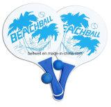 Il gioco di legno della pala di tennis classico della spiaggia ha impostato con 2 sfere, 2 racchette di legno resistenti spesse dell'acqua, 1 sacchetto netto riutilizzabile
