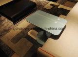 Piccolo tavolino da salotto di stile italiano (T-101)