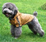 L'animale domestico copre l'impermeabile impermeabile del cane di Coldproof