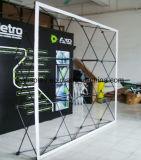 La cabine en aluminium de photo de contexte de vue sautent vers le haut le stand