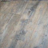 1,0-3.0mm épaisseur étanche résistant à l'usure en plastique en bois anti-dérapant planches de revêtement de sol en vinyle PVC