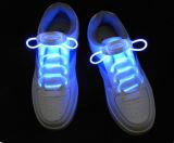 O laço de sapata claro do diodo emissor de luz ilumina acima laços de sapata