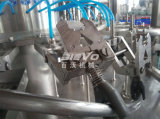 Chaîne de production de mise en bouteilles d'eau potable minérale de bouteille d'animal familier