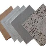 L'aluminium Feuille Sqare Performated plafond suspendu au plafond plafond en aluminium carrées