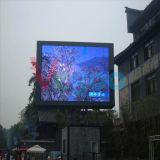 P5 DEL polychrome extérieure annonçant l'écran de visualisation