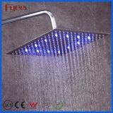 최신 빛으로 수력 전기 힘 LED 천장 샤워 꼭지가 매우 얇은 정연한 머리 위 강우를 판매하는에 의하여 중국 스테인리스 샤워한다
