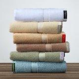 Hôtel de haut standard de serviettes en provenance de Chine usine de textile (DPF2443)