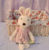 Lovely Rabbit Plush Toy com vestido