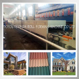 多彩な石の機械サンドブラストラインを形作る上塗を施してある金属の屋根瓦