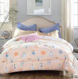 Напечатанный Quilt 100% ткани Microfiber/Duvet постельных принадлежностей установленный