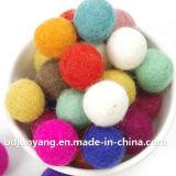 工場直接販売法のウールのフェルトのドライヤーの装飾的な球