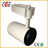 Alta calidad blanca y luz negra de la pista del LED usada en departamento de la ropa