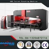 Башенки CNC оборудования CNC Китая Dadong T50 машина гидровлической пробивая