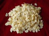 Flocons déshydratés d'ail