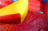 Castillo de salto inflable del patio de los niños del precio de fábrica con la diapositiva de agua