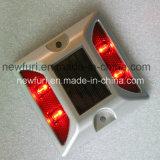 IP68 고품질 LED 태양 묘안석 도로 장식 못