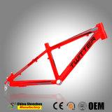 Tendido de cable del exterior del bastidor de la bicicleta de montaña con el tamaño de la rueda 20er