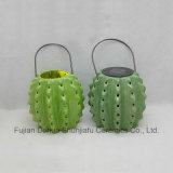 Lanterna di uragano solare di ceramica con il cactus