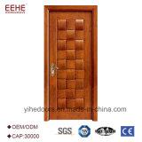 Modo di legno interno moderno di disegno dei portelli