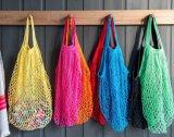 Tricoter à la main le sac à provisions net de crochet, sac de maille de coton