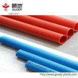 Tubulações elétricas do PVC para o vermelho/azul da canalização da fiação