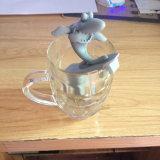 Tè praticante il surfing Infuser del caffè del silicone del setaccio di figura dello squalo di nuovo disegno