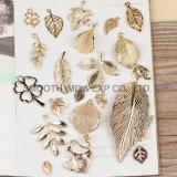 Annata degli accessori dello smalto placcata oro DIY del foglio dei pendenti della lega di modo