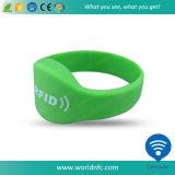 De Armbanden van het Silicone van het Toegangsbeheer van de lage Prijs RFID