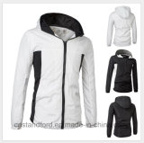昇進のフード付きの防風の屋外の登山の女性のジャケット