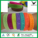 Preiswertes Silikonwristband-Armband des Zoll-Debossed/Embssed/Print